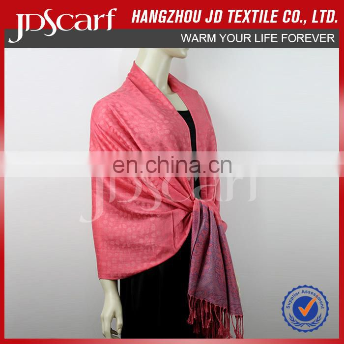 Factory direct new style spring winter long checked crumple scarf