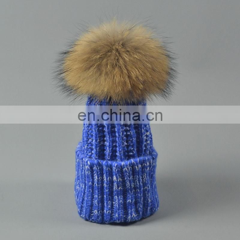 China Supplier Unisex Knitted Hats With Raccoon Fur Pompoms Balls Caps