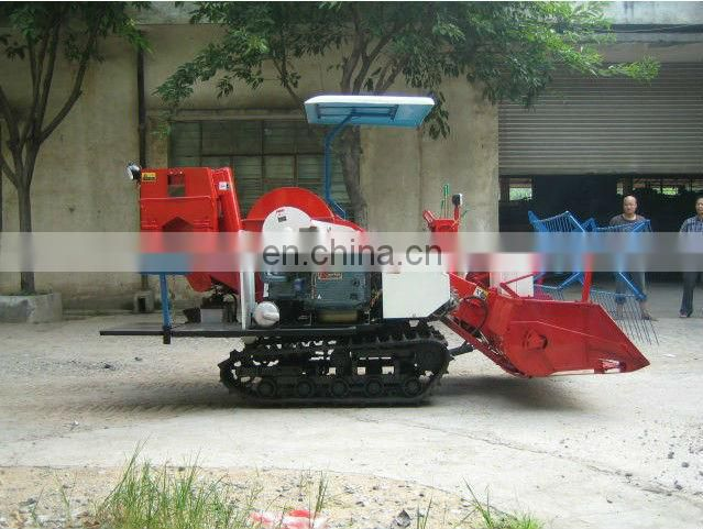 Agriculture Machinery 4L-1 wheel type self propelled soybean small combine harvester