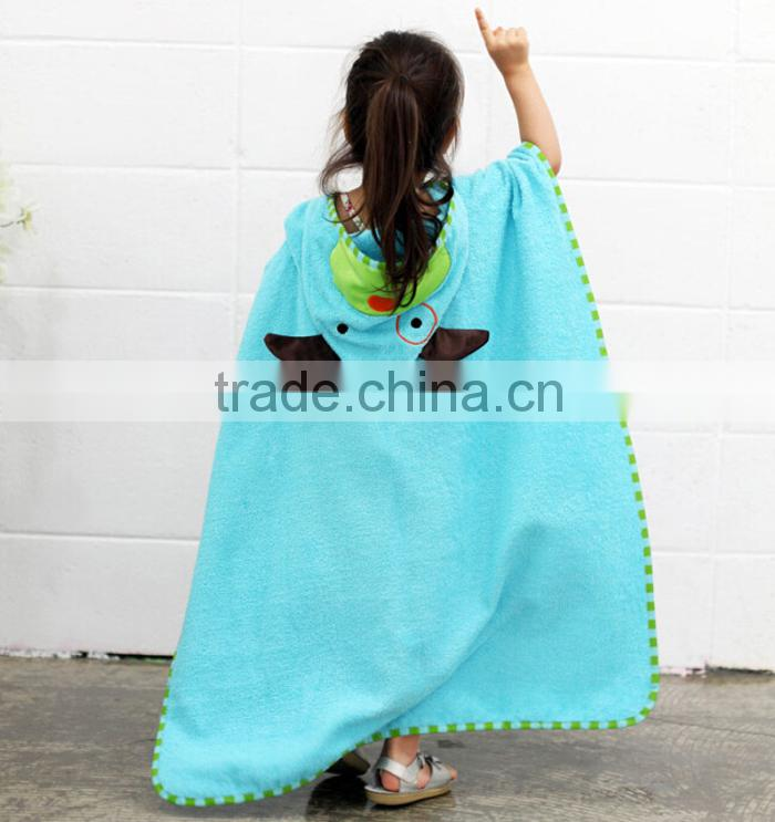 promotional plain terry kids beach towel, children bathrobe printed by famous cartoon image