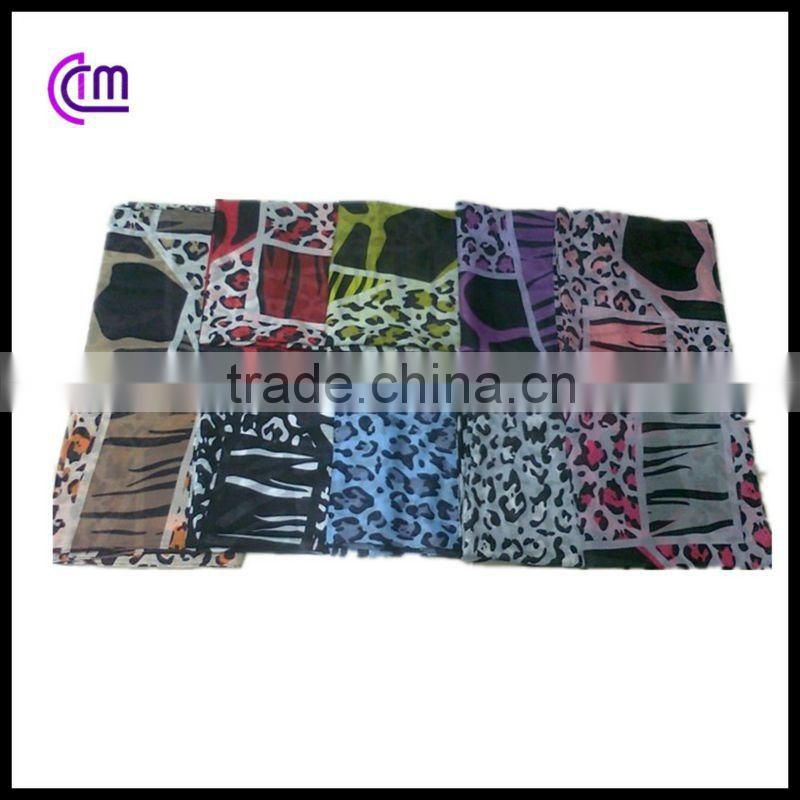 hot wholesale 2012 newest chain design fashion scarf