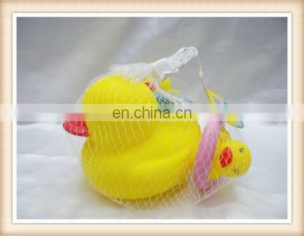 floating toy duck , rubber bath yellow duck toy