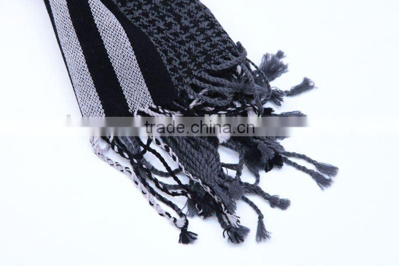 YARN DEYED MIXED PATTERNS WOOLEN SCARF