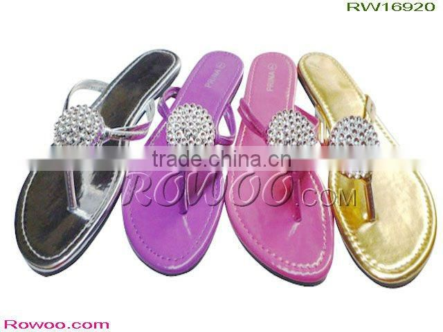 elegent lady sandals with diamond