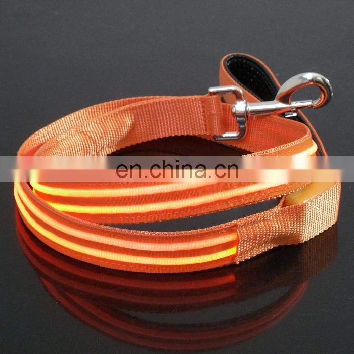 Hot selling innovative dog leash led lashing dog leash nylon glow leash