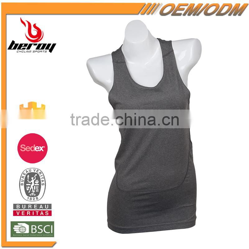 Accept Sample Order Ladies Sexy Yoga Top with Built in Bra
