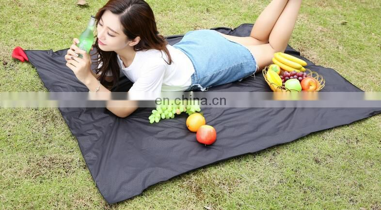 Mini Size Waterproof Pocket Blanket for Picnic
