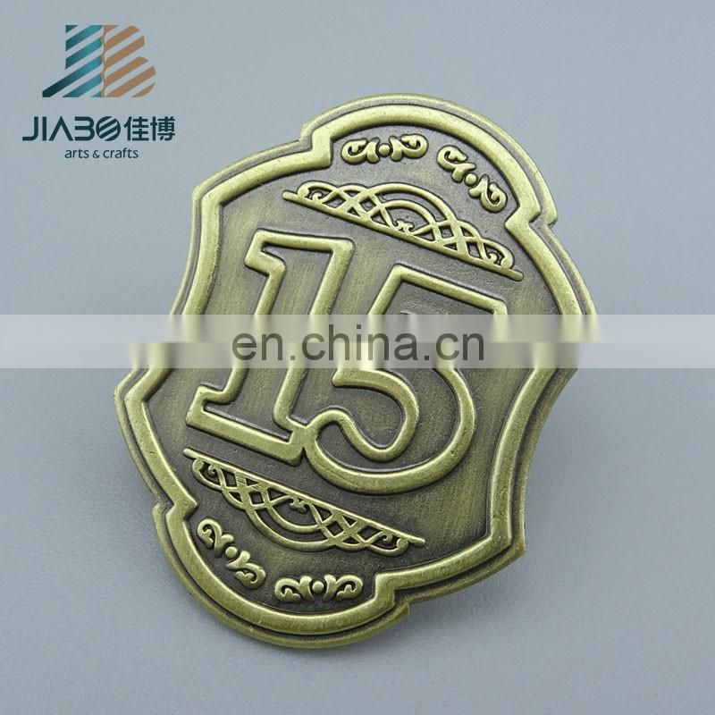 alibaba china suppliers custom metal made funny cloth badges