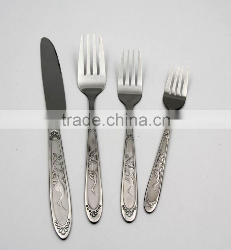 China best quality multi-purpose stainless steel spoon fork knife sets in kitchen and restaurant