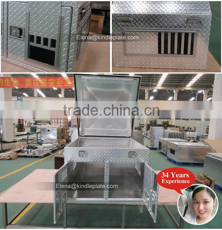 Aluminum Diamond Pet Dog Cage Tread Finish Shown With Double Doors