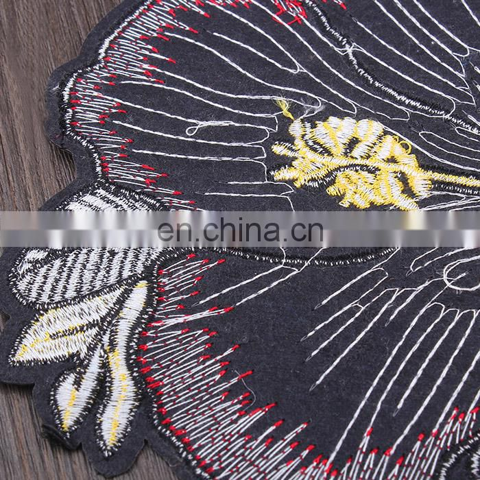 Chinese Lock Tassel Embroidery Applique Patch