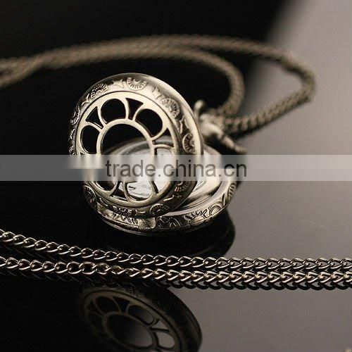 WP036 New Ladies Silvered Stainless Steel Case White Dial Necklace Pendant Quartz Pocket Watch