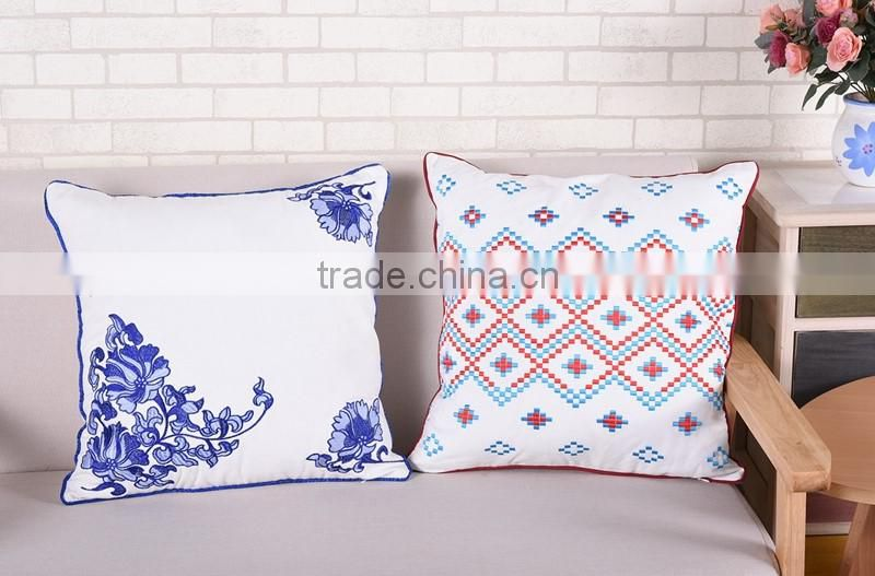 China Supplier Flower Embroidery Machine Embroidery Designs Cushion