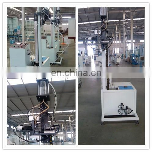 Elevator And Automatic Molecular Sieve Filling Machine Image