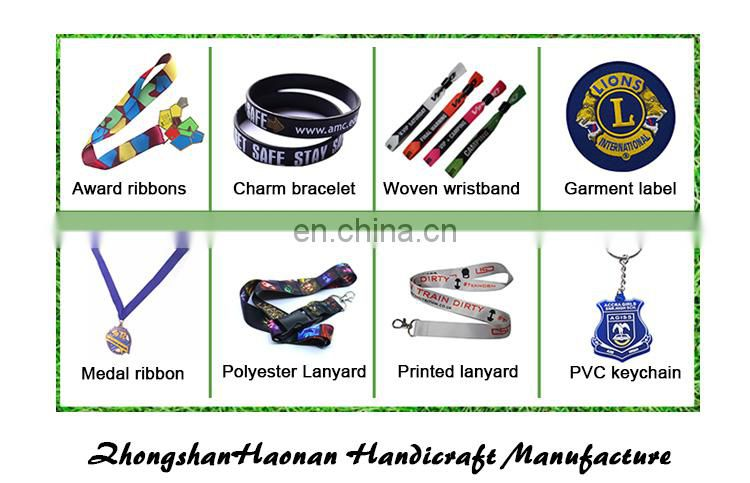 Wholesale eco-friendly fashion design personalized silicone bracelets
