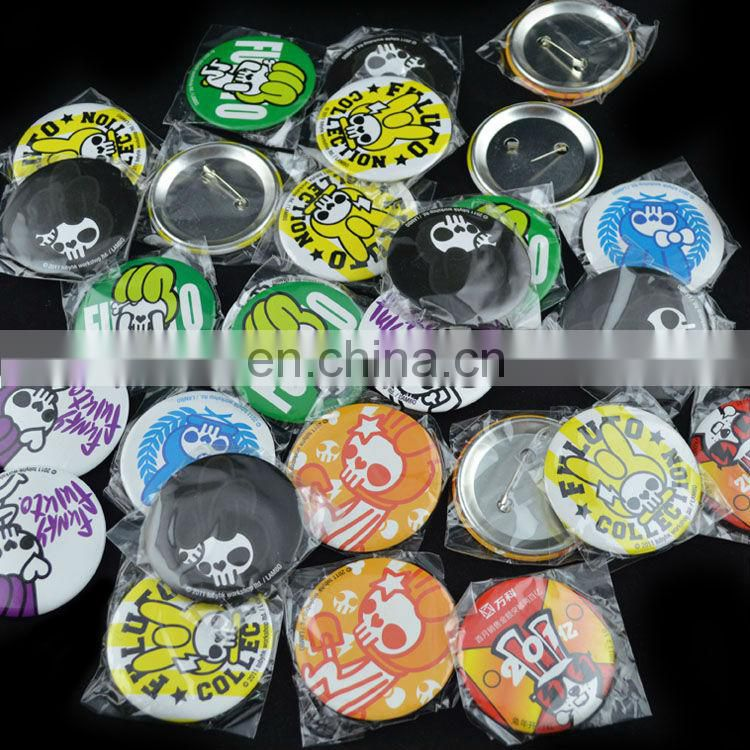custom logo badge souvenirs for promotion
