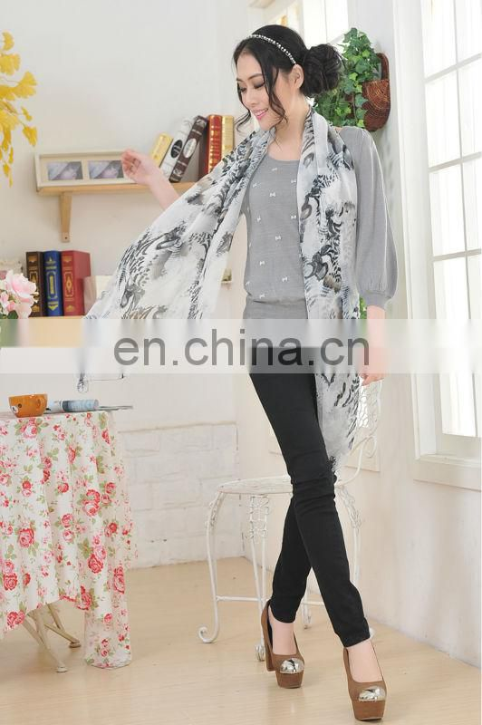 Fashion Long Chiffon Scarves with Digital Printed