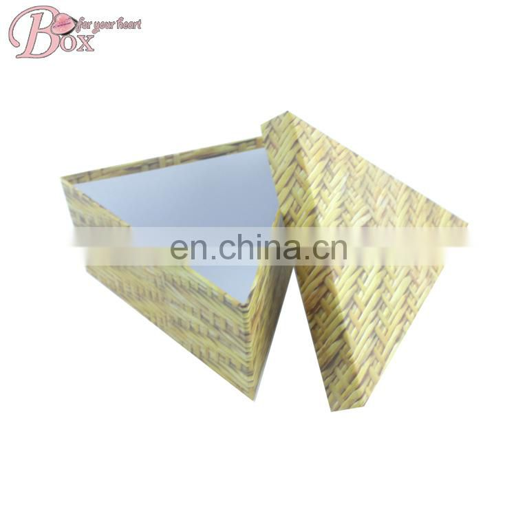 Hot Sell Triangular Cardboard Paper Gift Packaging Box with Lid
