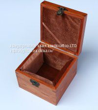 Light tea wooden box packing Image