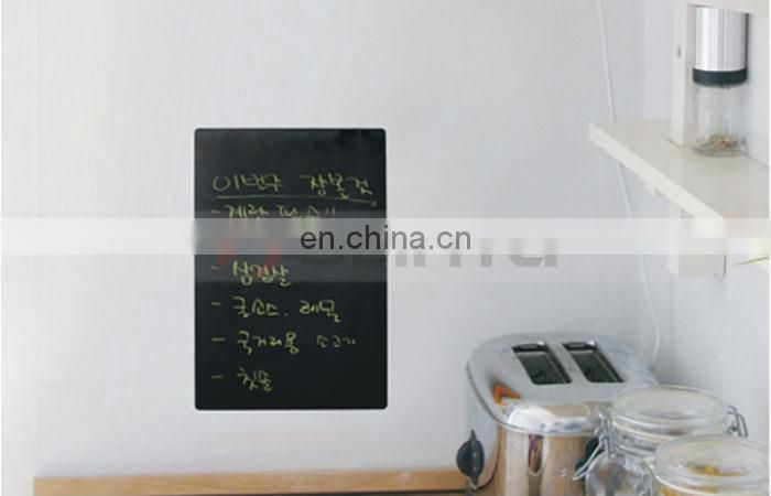 Professional Green blackboard with 5 pieces Chalk