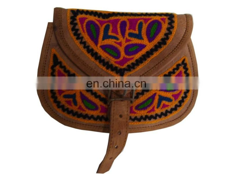 ARI EMBROIDERY LEATHER LONG SHOULDER HANDLE BAG