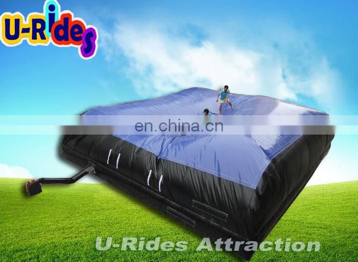 Big jumping air bag for stunt