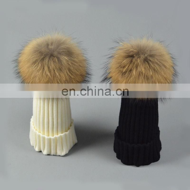China Supplier Winter Unisex Knitted Caps With Raccoon Fur Pompoms Balls Hats