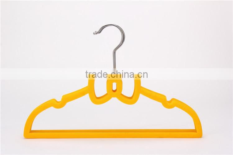 Bed Bath& Beyond Supplier Bowknot Shape Children Clothes Hanger Cute Velvet Baby Hanger Standby
