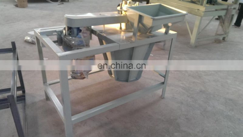 High output and low broken rate walnut husking machine,walnut sheller with the advanced technology