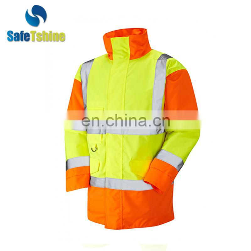2017 The most competitive OEM service high visibility Cotton-padded jacket