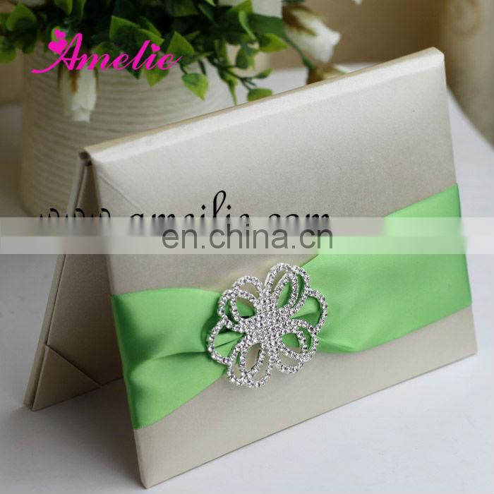 A730-Green Diamond Ribbon Wholesale Elegant Wedding Invitations