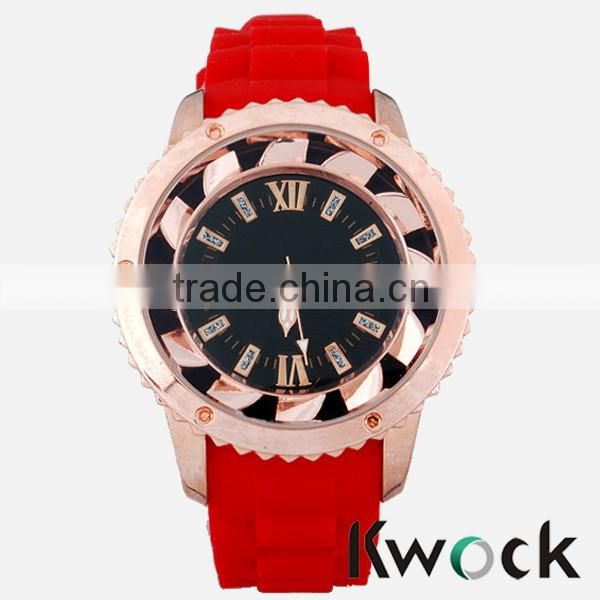Delicate lady gold watch design ,low MOQ rhinestone watches design,high quality rhinestone watches