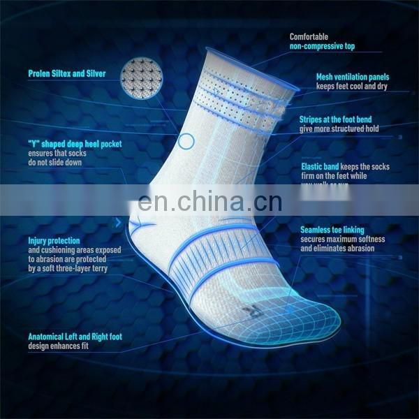 2016 Fashion Mens Warm Christmas Running Socks