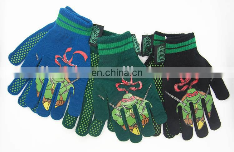 Childrens kintted gloves with PVC dotted