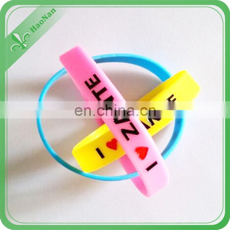 custom glow in the dark silicone wristband