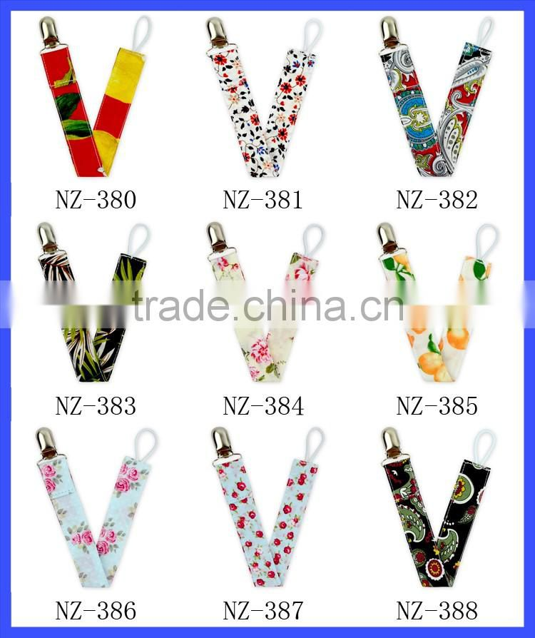 Whoelsale Baby Unisex 5 New Patterns Vintage Cotton Metal Pacifier Clip