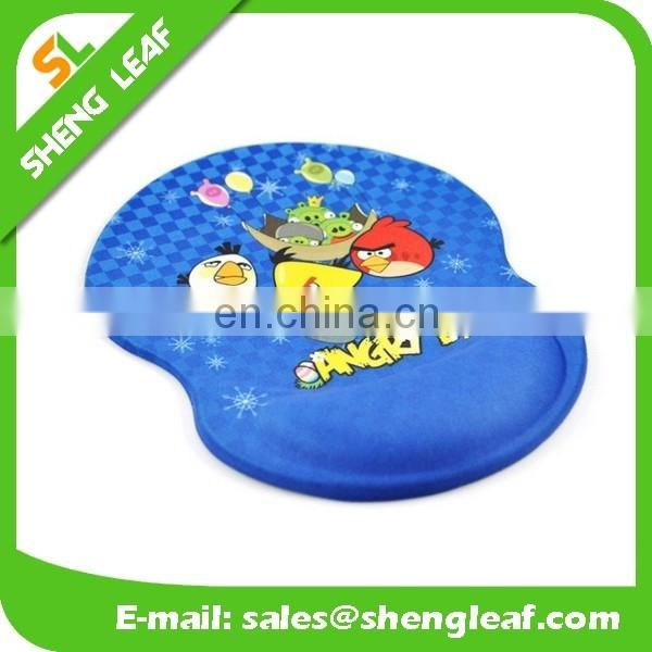 customized design gaming mouse pad with hand rest