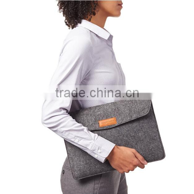 New fashion elegant custom gift felt Double handle zipper computer bag fancy laptop bags