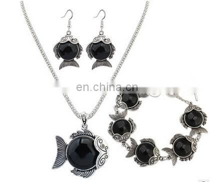 2016New fashion beach jewelry goldfish shape earring bracelet and necklace set