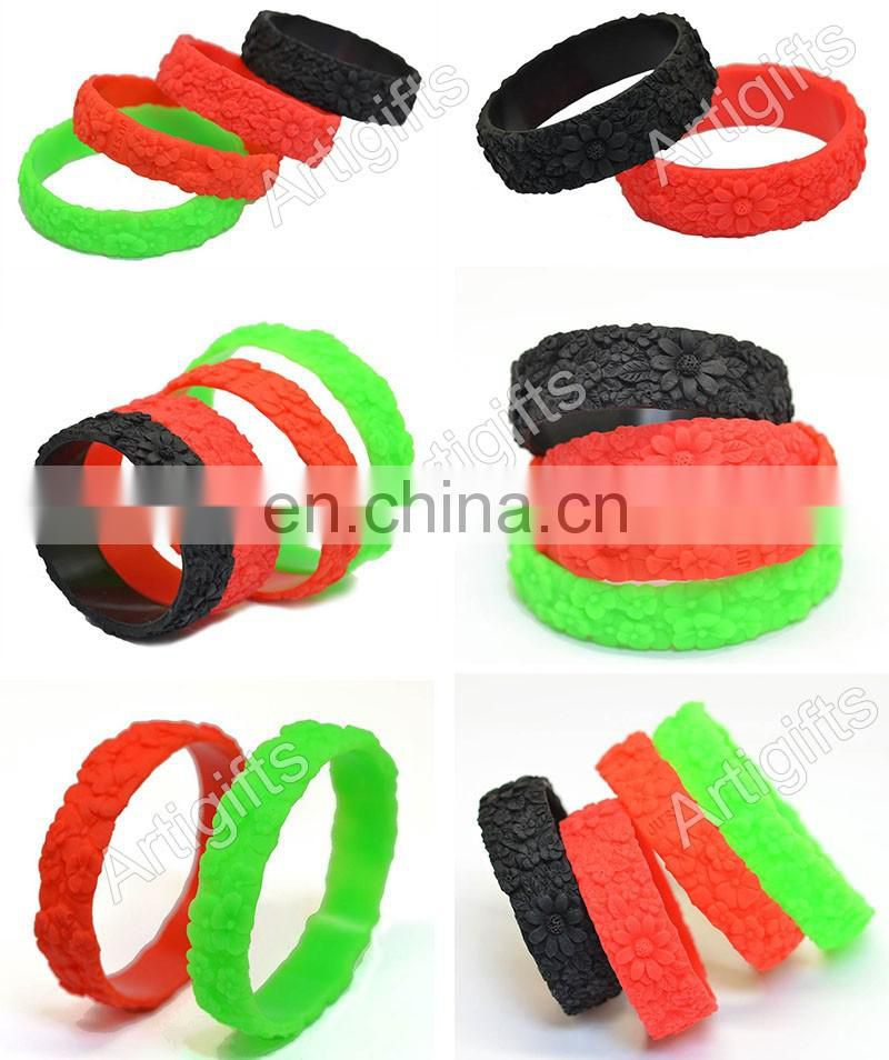 Factory direct sales eco-friendly fashion engraved flower silicone bracelet