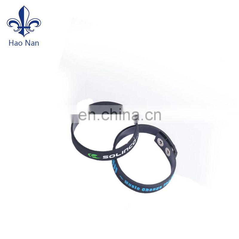 Good quality cheap silicon bracelet/ thin with Customized silicone bracelet