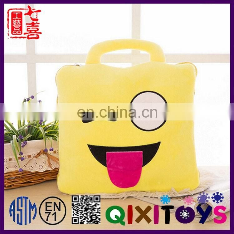 2016 Popular New fashion Creative furniture blanket Novelty plush emoji pillow blanket