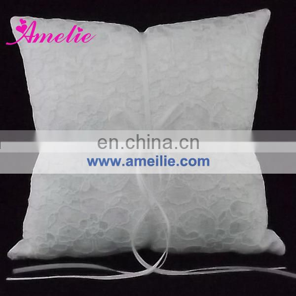 AW1402 White lace wedding ring pillow