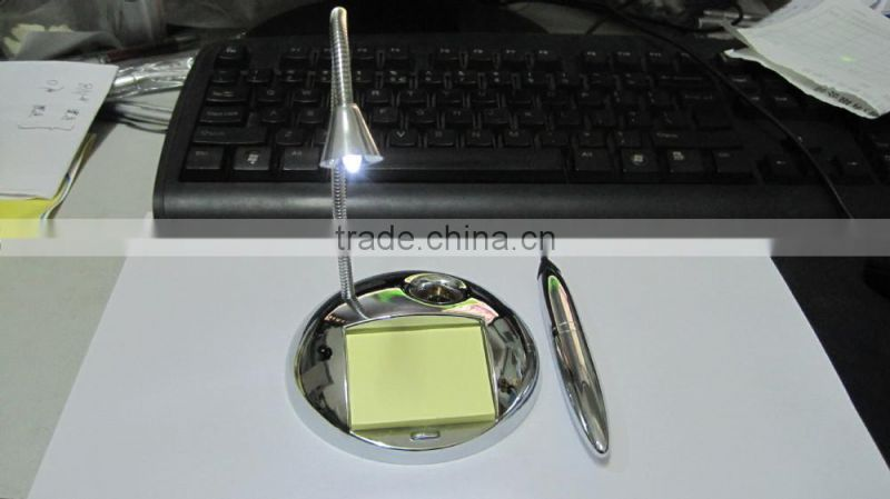 LED Metal Magnetic pen with big circle base and Note Paper rectangular base LED light ballpoint pen for retail market
