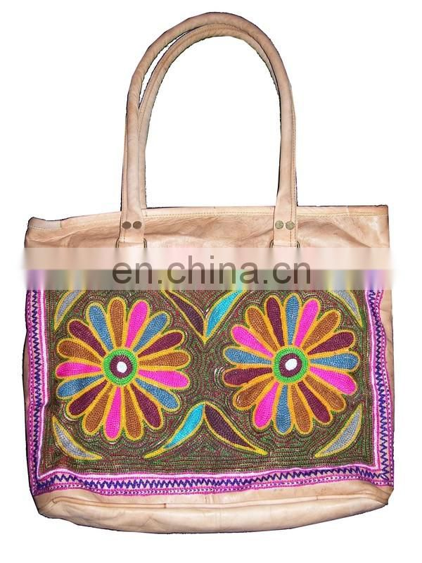 ARI EMBROIDERY LEATHER TOTE BAG