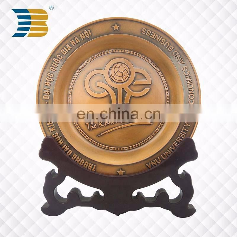 3D custom brass vietnam university souvenir license plate of honour
