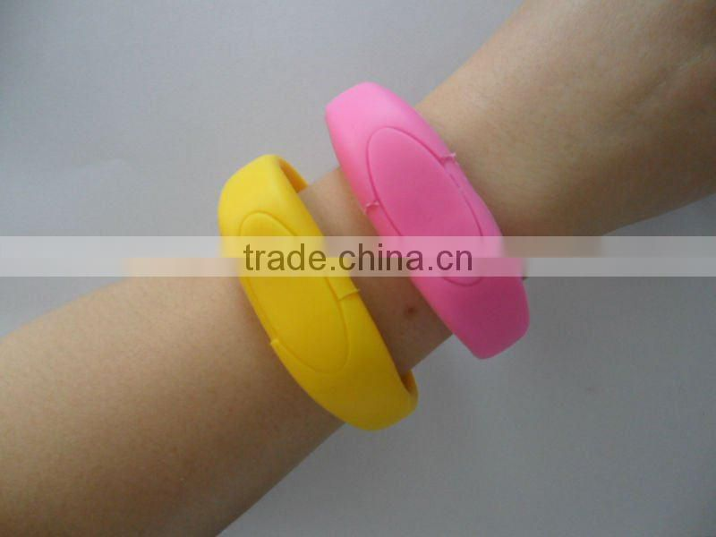 Free Packing Hot Selling Colorful USB Silicon Bracelet