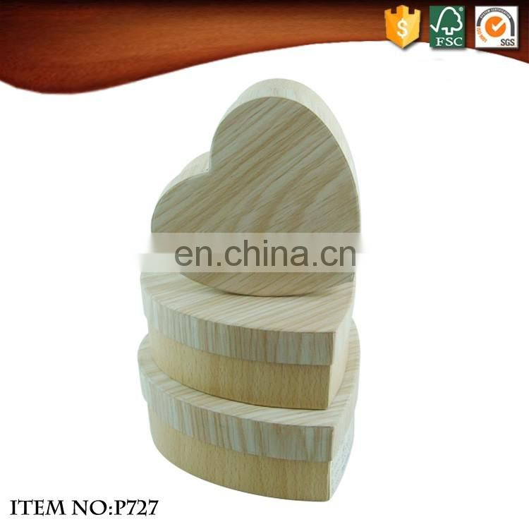 Heart-Shaped Wood grain paper gift Boxes