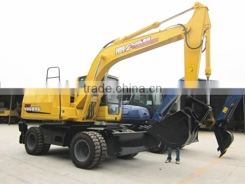 12 ton China small Wheel Excavator Material Handlers Excavator