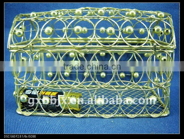 Gold rectangle wire decorative with pearl big box with lid